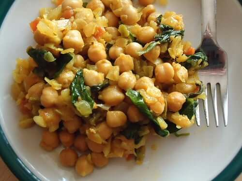 Pyszne curry z ciecierzycy