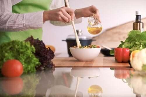 Oliwa i sałatka - naturalne estrogeny