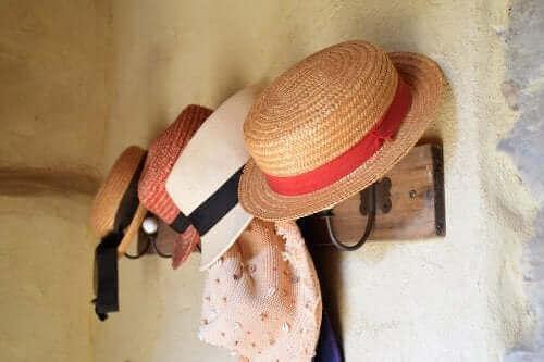 Czy wiesz, jak szybko i łatwo zrobić wieszak na kapelusze?