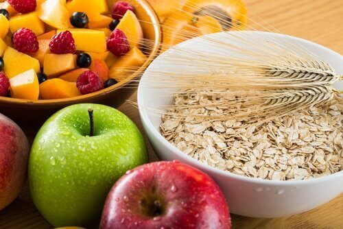 5 posiłków dziennie - owoce i płatki
