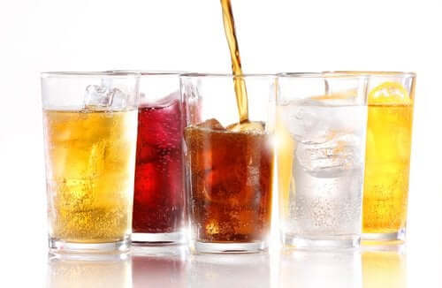 Napoje bez cukru – dowiedz się, czy powodują one tycie?
