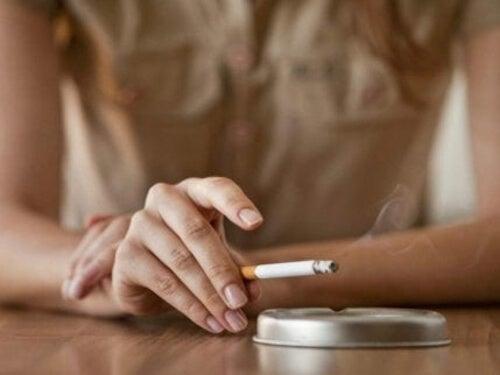 Palenie tytoniu odbiera dobre zdrowie psychiczne