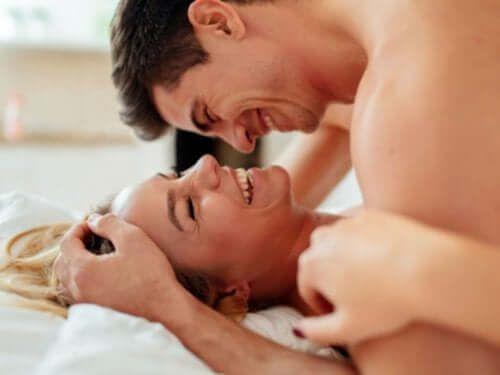 Satysfakcjonujące i bezpieczne pożycie seksualne - 5 cennych rad