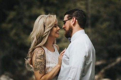 Sapioseksualizm - zakochana para