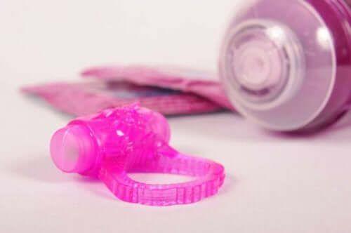 Zabawki erotyczne poprawiają pożycie seksualne