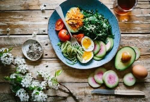 Co jeść, kiedy chorujesz na cukrzycę? Kilka wskazówek