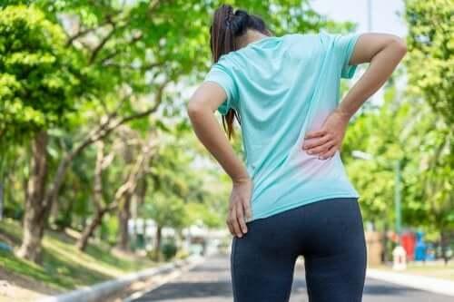 Ćwiczenia na bóle krzyża poparte dowodami naukowymi – poznaj je!