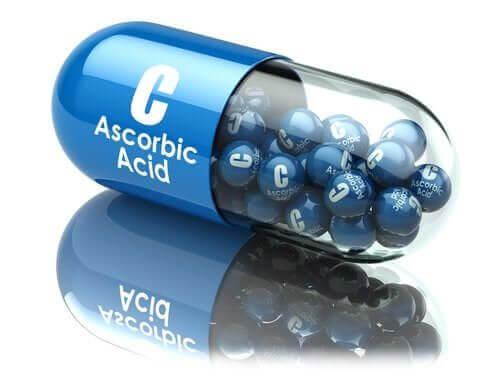 Kwas askorbinowy: jego podstawowe zastosowania i zalety