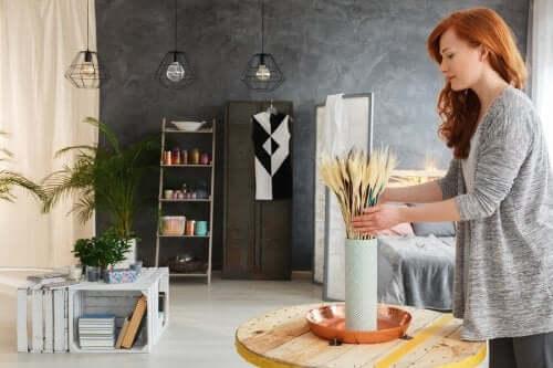 Dekoracja salonu materiałami z recyklingu - poznaj 5 ciekawych pomysłów