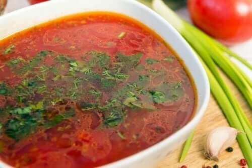 Zupa z czosnku: poznaj trzy proste i niezwykle smaczne przepisy!