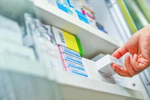 Amlodypina: środki ostrożności i skutki uboczne