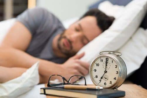 Popraw jakość snu dzięki kilku zdrowym nawykom!