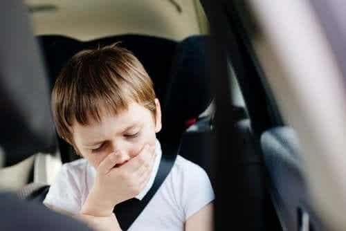 Zawroty głowy w samochodzie, dlaczego występują?