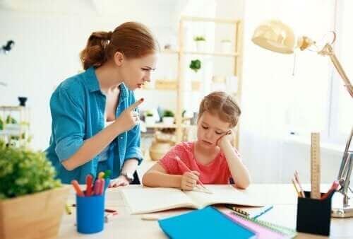 Ograniczenia dla dzieci są aktem miłości ze strony rodziców