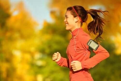 Biegaczka - ćwiczenia fizyczne i cykl miesiączkowy