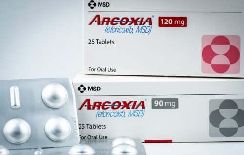 Etorykoksyb: lek przeciwzapalny