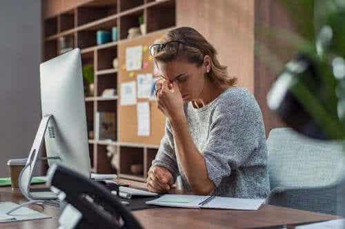 Syndrom powakacyjny - co to jest i jak się objawia?
