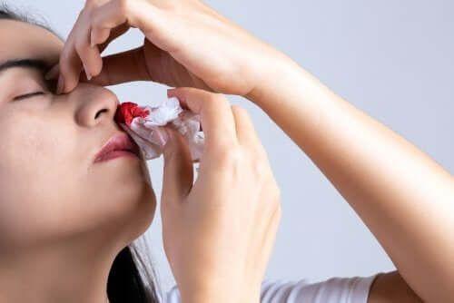 Krwawienie z nosa - 9 jego głównych przyczyn