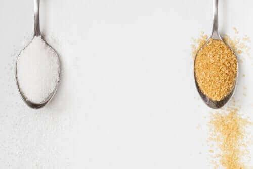 Cukier brązowy: czy jest lepszy od cukru białego?