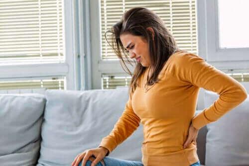 Ból nerki: poznaj najważniejsze przyczyny