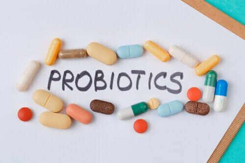 Suplementy z probiotykami: kiedy je przyjmować?
