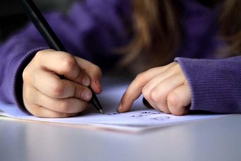 Rysowanie może pomóc dziecku poradzić sobie ze śmiercią