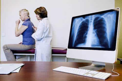 Pylica azbestowa - oznaki i objawy