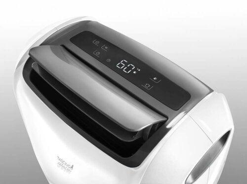 Maszyna do osuszania powietrza w domu