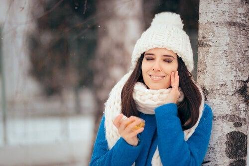 Zimowe zabiegi dla skóry tłustej