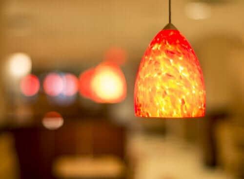 Pomarańczowa lampa