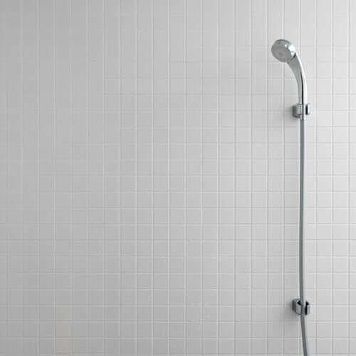 Prysznic na ścianie