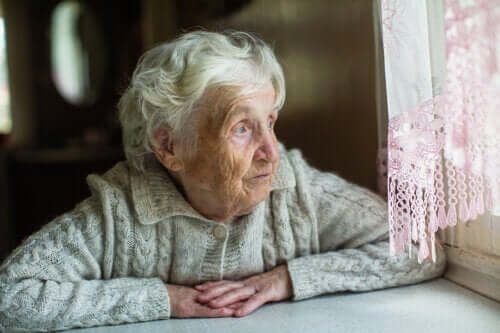 COVID-19: zalecenia dla seniorów podczas kwarantanny