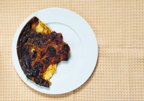 Przypalona pizza
