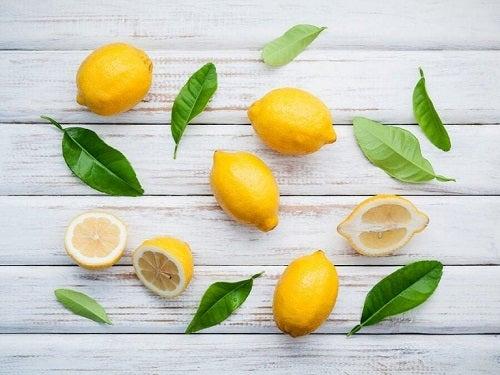 Właściwości zdrowotne cytryn i wykonane z nich remedia