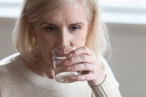 Dieta podczas menopauzy: co powinnaś jeść?