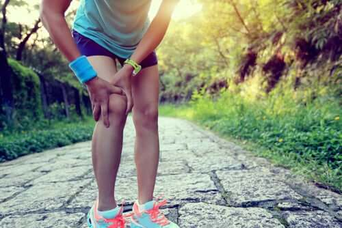 Kolano biegacza - jakie domowe lekarstwa znamy?