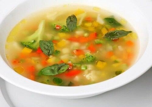Cztery zupy warzywne dla całej rodziny