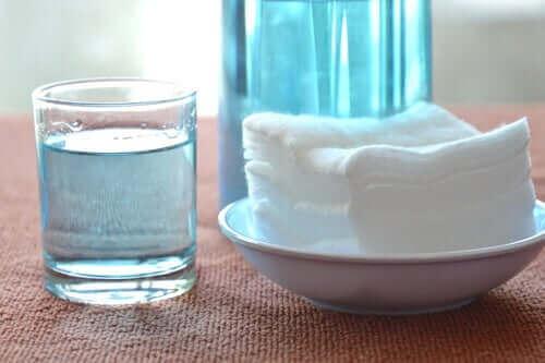Szklanka wody utlenionej