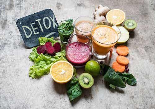 Diety detoks - czy naprawdę działają?
