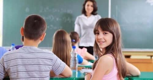 Dzieci w szkole a edukacja domowa