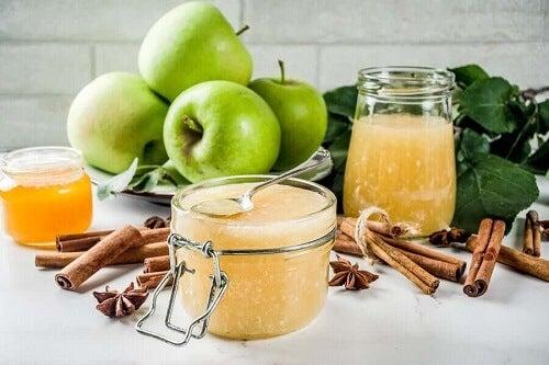 Galaretka z zielonymi jabłkami i chia: poznaj zdrowy przepis!
