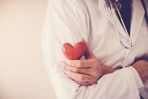 Jak zapobiegać zawałowi serca: 5 podpowiedzi