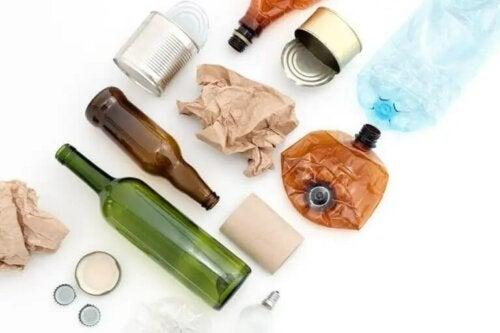 Materiały wielokrotnego użytku, które możesz mieć w swoim otoczeniu