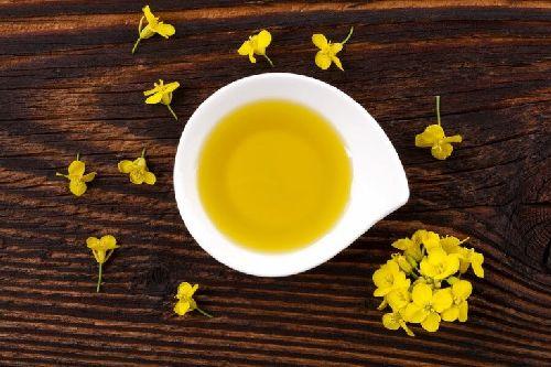 Olej rzepakowy - wszystko, co musisz o nim wiedzieć