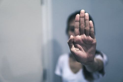 Przemoc słowna - jej wykrywanie i podejmowanie działania