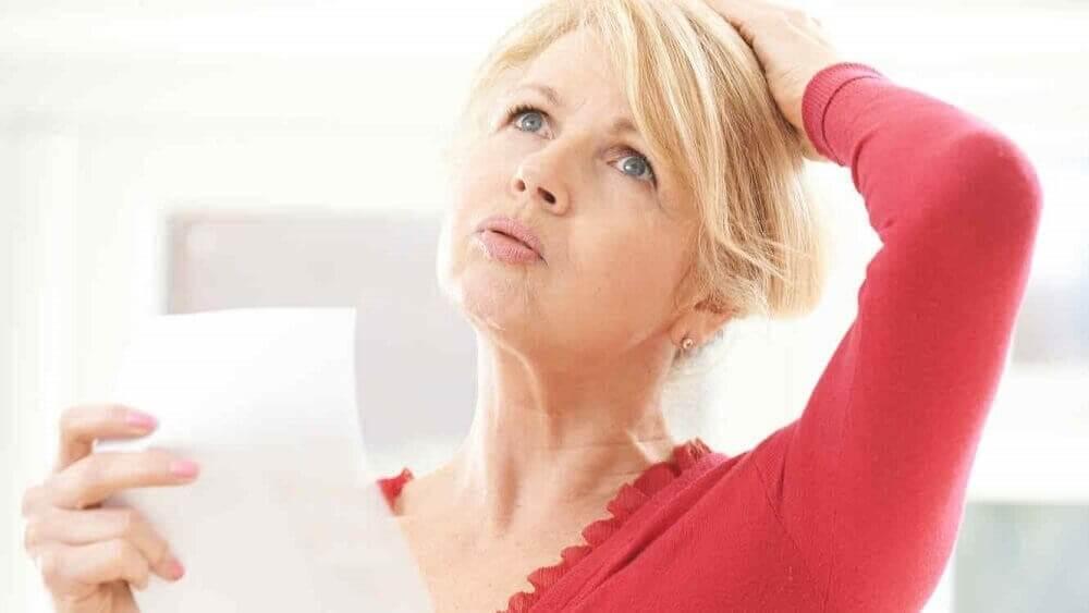 Uderzenia gorąca: 5 domowych sposobów ich złagodzenia