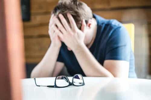 Zaburzenia związane z bezsennością: przyczyny i leczenie