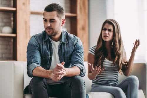 Błędy w komunikacji w związku - poznaj 5 największych