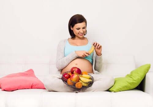 Ryzyko związane z dietą wysokocukrową w ciąży