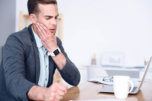Zespół napięcia skroniowo-żuchwowego